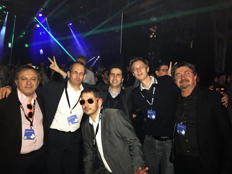 La team DECADE à la soirée finale avec ses confrères d'Altima. De gauche à droite: Gérard, Guillaume Porquier (Altima), Martial, Amine, ? (Altima) et Jérome. (Source: Stéphane Suet)